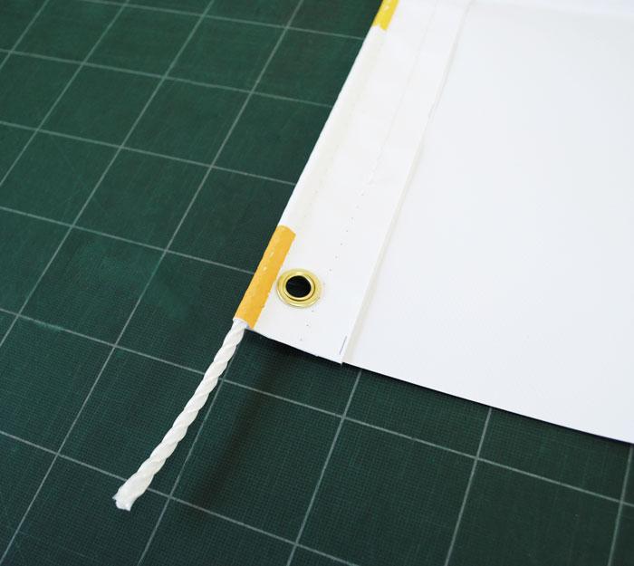ターポリンのロープ縫込み画像